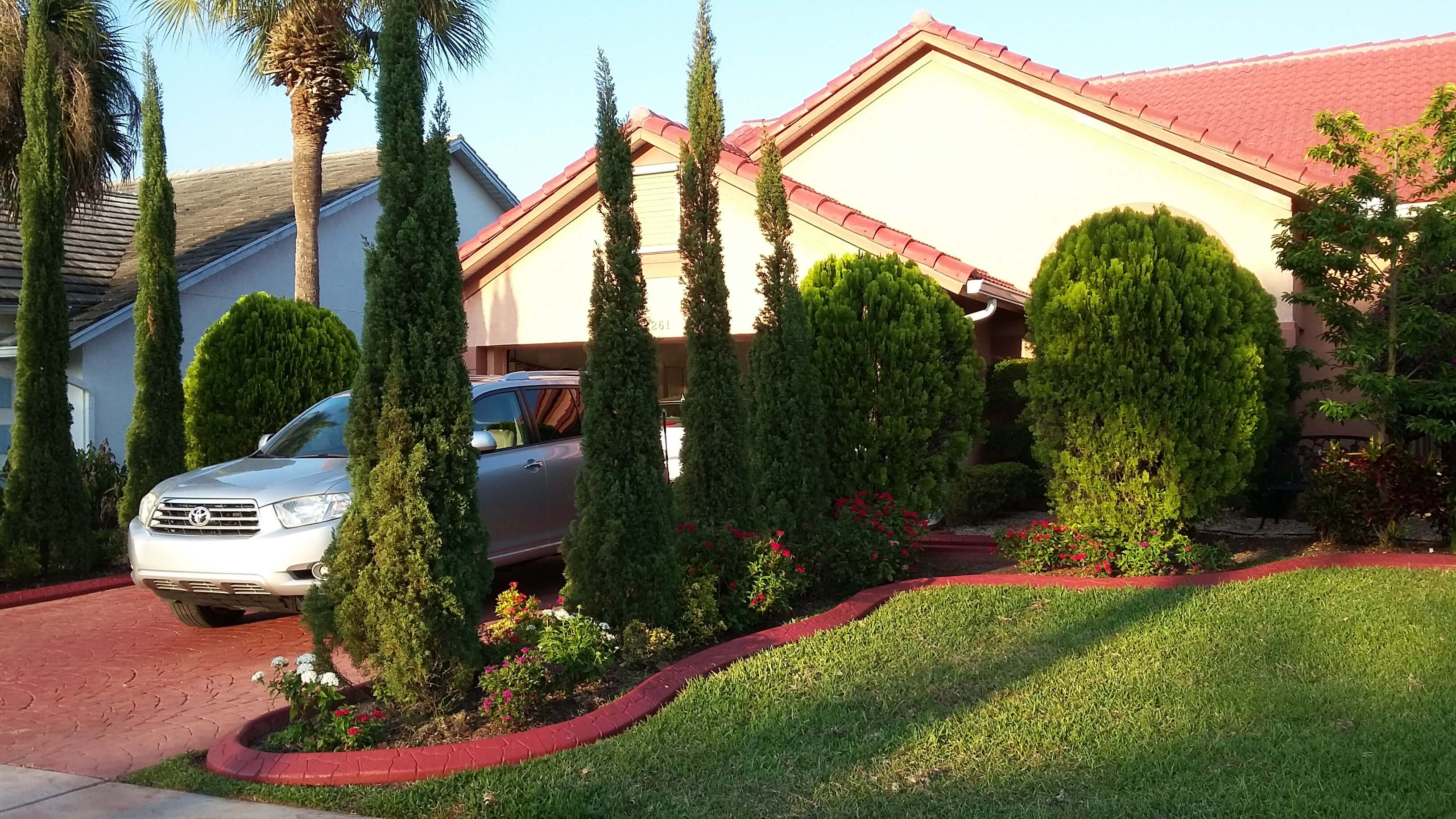 Boca Raton borders, edging, curbs, decorative landscaping