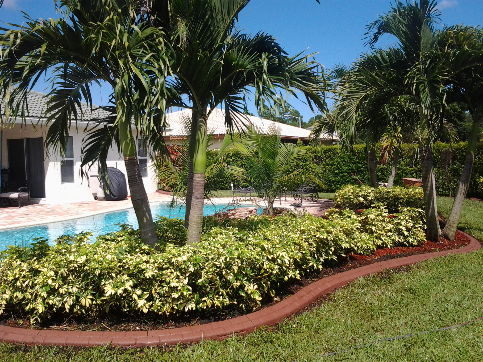 Association, HOA, Condo, landscape, edging, Deerfield, Delray Beach