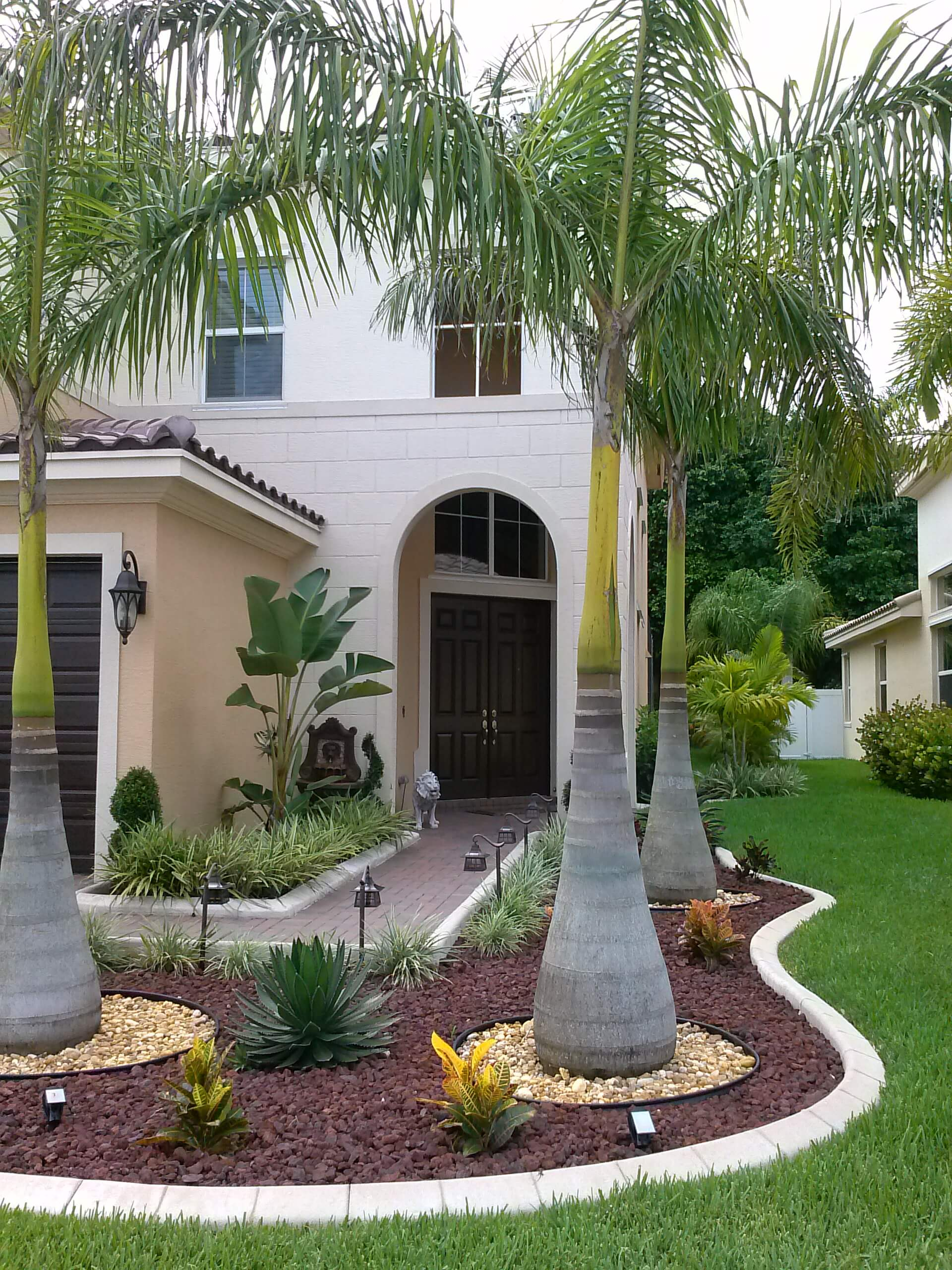 Residential Landscaping Color Edging